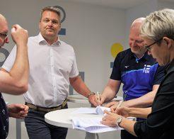 Industrifacket samarbetar med Finlands volleybollförbund
