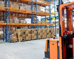 Jäsentarinoita urapalveluista: Kiikarissa uusi tehdastyö